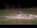 Соки и Элсид спасают Эрика от солнца, когда он напивается крови феи (4 сезон)