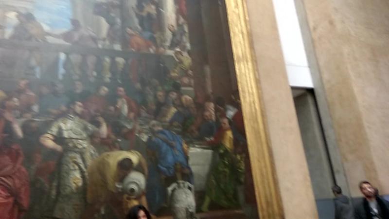 Лувр, зал, где находится Мона Лиза, Париж