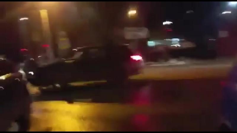 ДТП в Северском районе. Audi врезается в Hover, давит ее водителя и уезжает.