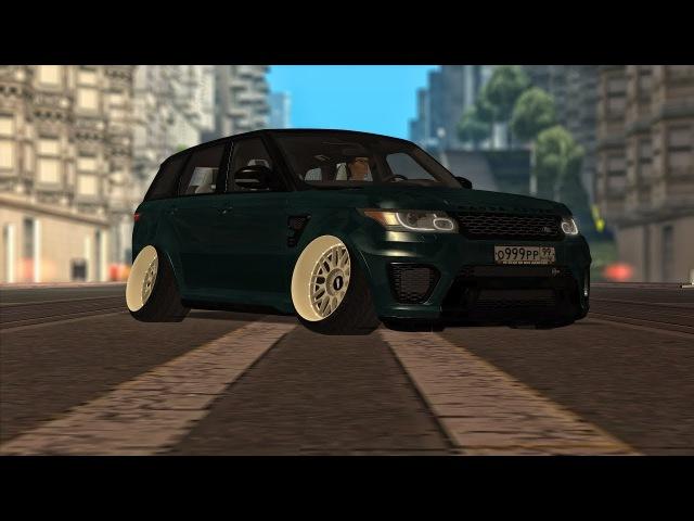 Range Rover SVR Stance