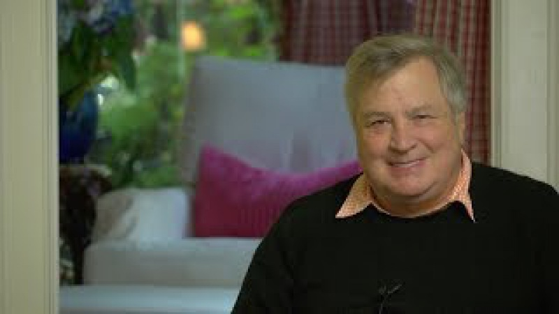 Investigators Close In On Phony Dossier! Dick Morris TV: Lunch ALERT!