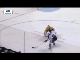 Gotta See It: Yakupov finds empty cage after beating Rask to loose puck / Якупов забросил первую шайбу за Колорадо Эвеланш
