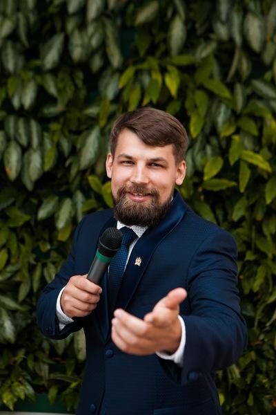 Антон Скляренко