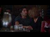 Неверная (2002) - Как поцеловать женщину в кафе