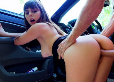 Roadside Sex With Teen Cutie