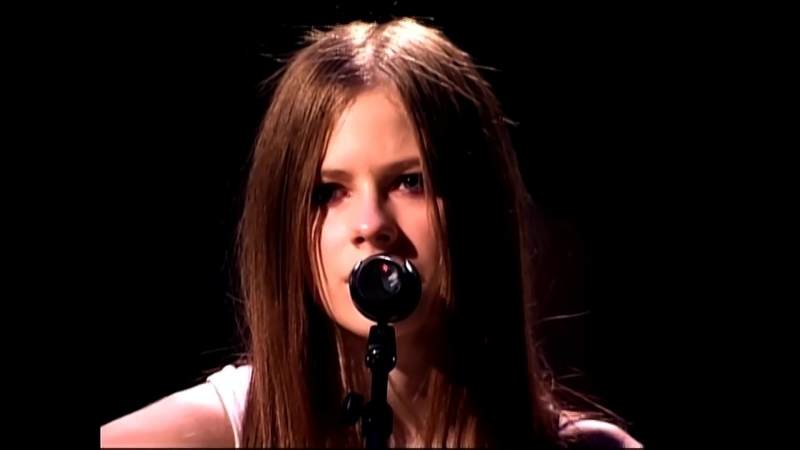 Avril Lavigne - Tomorrow (FullHD 1080p) [Try to Shut Me Up Tour 2003]