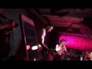 Шура Кузнецова - Сто часов (live c Антоном Бендером)
