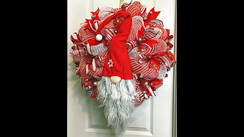How to make a double pouf Christmas Gnome Wreath with 10in deco mesh