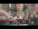 В Красногорске горит жилой дом. Люди выпрыгивают из окон 6-го этажа