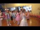 СНЕГ СНЕЖОК. Танец-игра со снежками. (новый год 2016, вторая младшая группа)