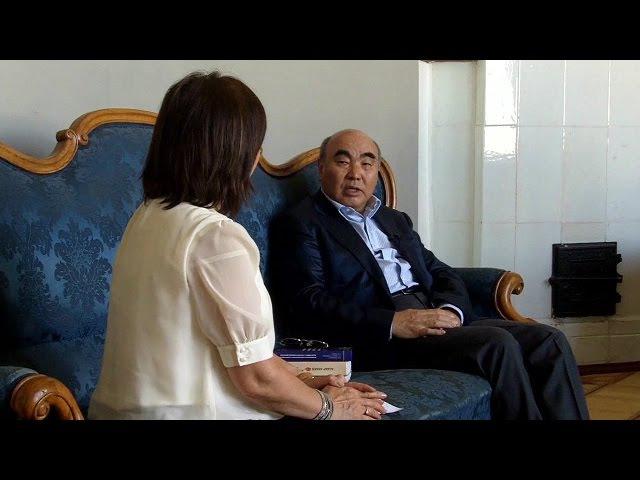 Аскар Акаев: Өкмөт мандат берсе, аракетимди аябаймын - BBC Kyrgyz