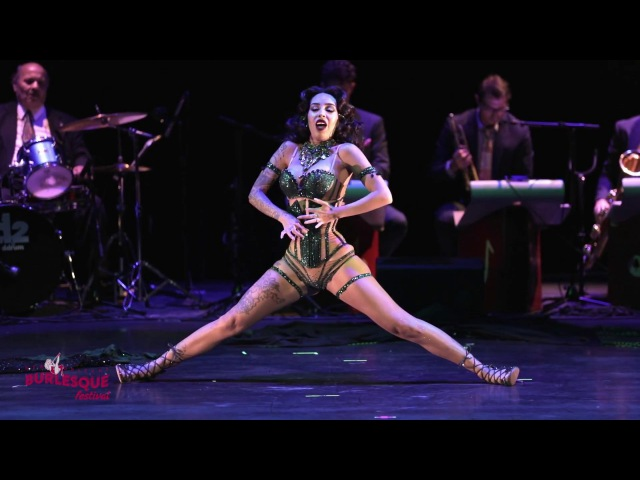 Queen of Burlesque 2017 RAQUEL REED - 9th Annual New Orleans Burlesque Festival