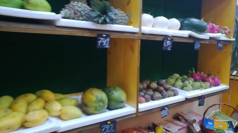 Кофейня-магазин Бананы Кокосы товары из Вьетнама