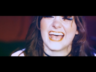 Skating Polly - Queen For A Day feat. Exene Cervenka