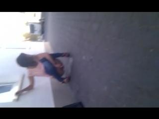 Сестру Диану водилы отьебли бухую, на видео ссыт, пердит, и чё? Я тоже с ней, в бытовке шофер мне в рот дает, мы много вместе бл
