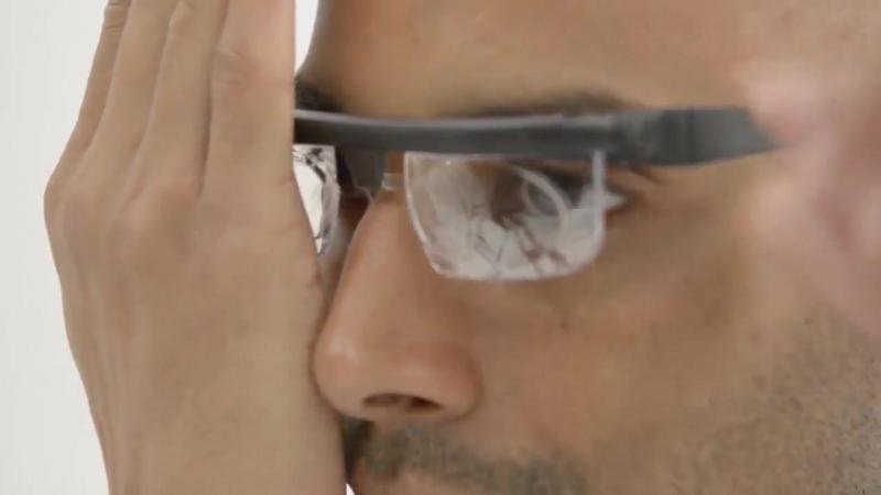 Adlens - уникальные регулируемые очки из Англии