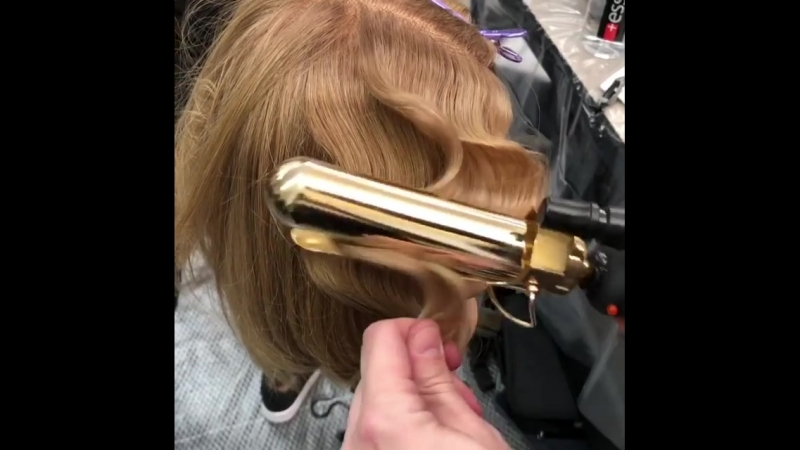 "Sean Godard on Instagram: ""Curling iron dexterity 💪🏽 curlingiron hottoolspro marcelwave vintagehair vintagehairstyling @hot"