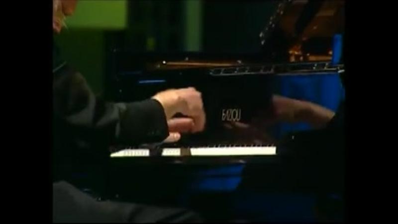 Валерий Афанасьев - Бетховен-Соната №12 Ля бемоль мажор,ор.26(3-я часть) Вильнюс 2012 г. (Памяти Я.Зака)