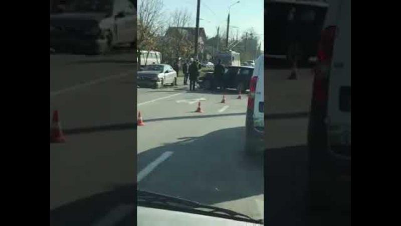 У Чернівцях трапилася аварія