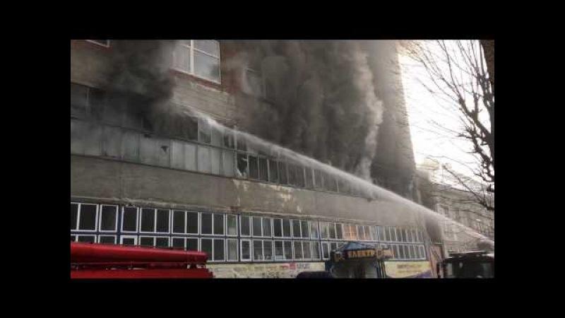 Пожежа в будівлі заводу «Електрон» (з вул. Олени Степанівни) ч.2