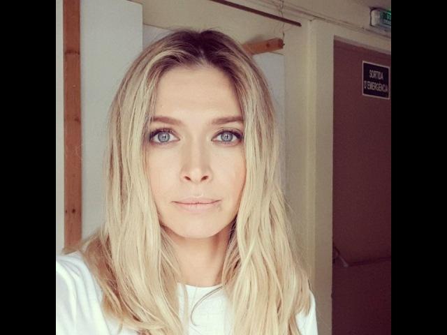 """Vera Brezhneva 🎤 on Instagram: """"Всем привет! Вы знаете, что большинство подростков, живущих с ВИЧ, вынуждены скрывать свой статус из-за предрассудк..."""