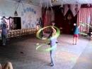 Танцы с обручем, с вращением обруча. Дети для детей. Тренировка