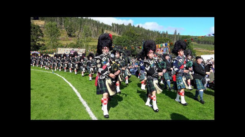 Lonach Gathering 2017 - Massed Pipe Bands Highlanders afternoon games field parade in 4K