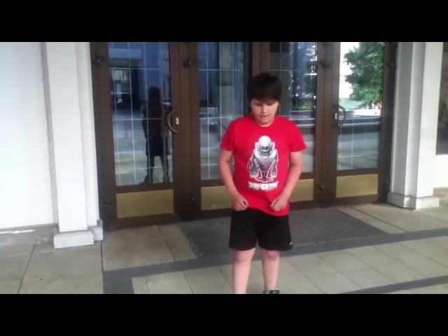 THRILL PILL В 2011 ГОДУ | МОЛОДОЙ ТРИЛЛ ТАНЦУЕТ ТЕКТОНИК