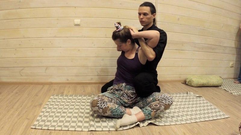 Скрутка. Тайский йога-массаж. Телесная работа. Thai Yoga Massage
