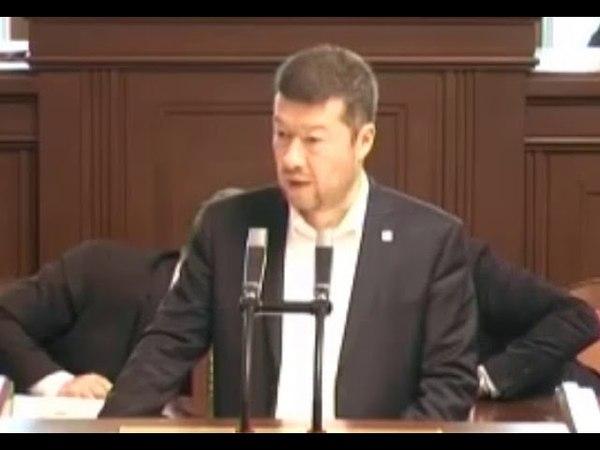 """Okamura se rozohnil kvůli migraci """"Jste demagog!, vzkázala mu Langšádlová"""