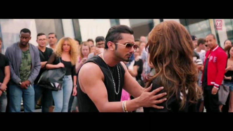 Exclusive - LOVE DOSE Full Video Song - Yo Yo Honey Singh, Urvashi Rautela - Desi Kalakaar-Yo Yo Honey Singh-1080p (mobVD.com).m