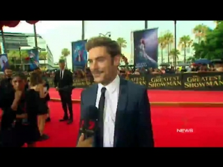 7 News Melbourne on Twitter- -GreatestShowman Premiere- ZacEfron with reporter freya_cole in Sydney