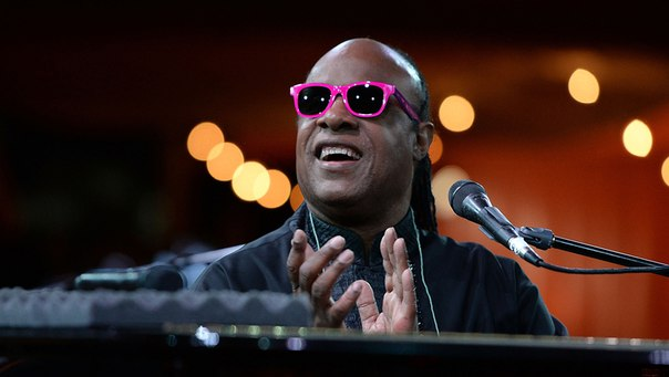 biography of stevie wonder Below is a list of songs by stevie wonder, sorted by the most popular first place mouse on to see information about song click on song title to play song, to read details about the song including lyrics (if available) and to add to playlist.