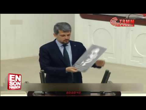 Garo Paylan TBMM'de Ermeni mebusların fotoğraflarını gösterdi