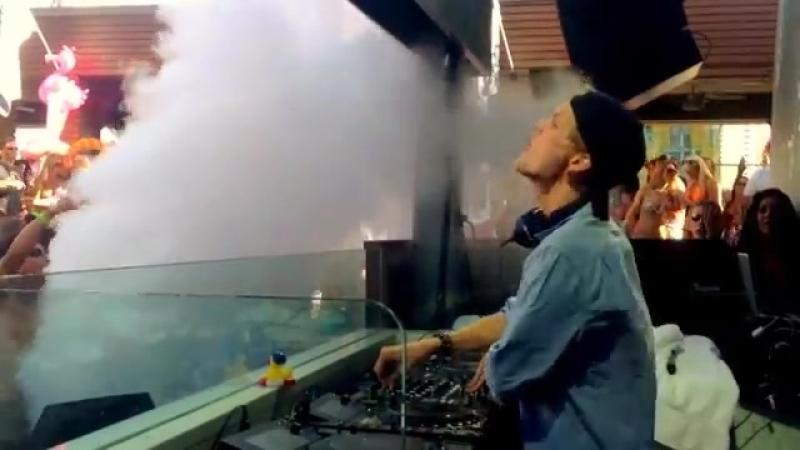 Avicii - Marquee Dayclub (27.04.2013)