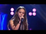 Шоу талантов. 12-летняя девочка поёт Metallica - Nothing else matters