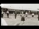 Еврейки танцуют в концлагере Вестерборк