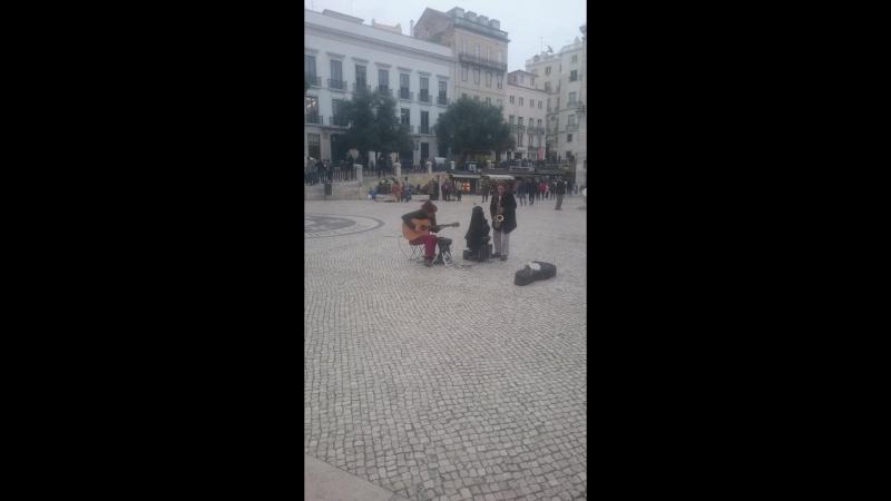 лиссабонские хиппи джемят