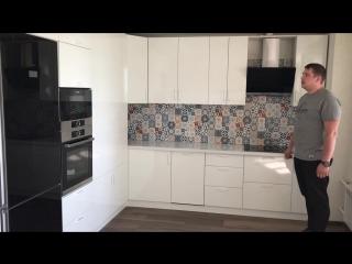 Белоснежная кухня в Островцах