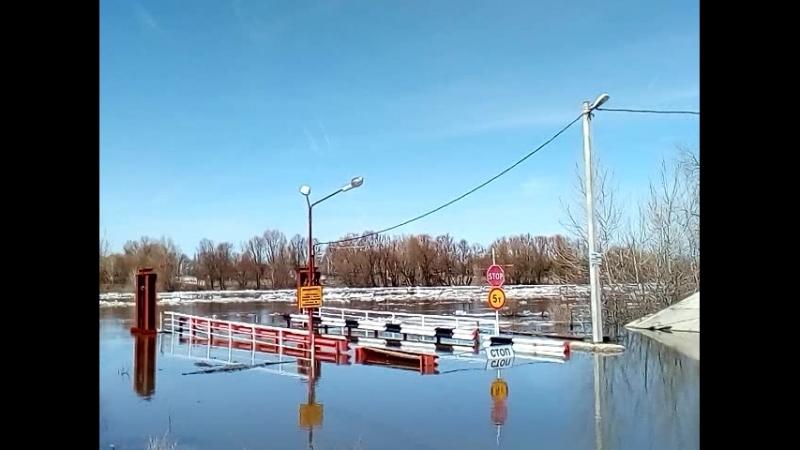 Ледоход на Дону в Ольховатке 8 апреля 2018г