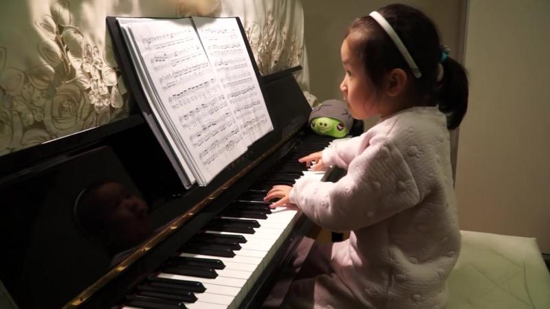 Anke Chen Age 5 Plays Clementi Piano Sonata in D Major Op 36 No 6 1 Allegro con spirito 2016 4 16