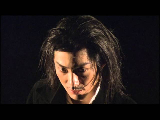 Mansai Nomura. Hamlet Family. 2002.avi