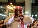 Sheikh Ali Ahmed Molla: Azan Solat Isya' di Masjid Shah Alam (MSSAAS), Selangor MALAYSIA