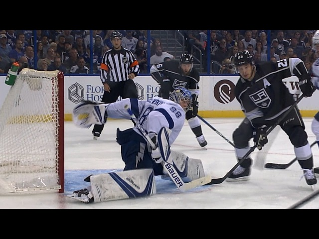 Vasilevskiys incredible behind-the-back save
