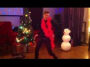 Актер Сергей Эванс на новогодней вечеринке у Ляли Бежецкой и Александры Жаркой