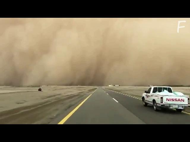 Гроза в Саудовской Аравии Thunderstorm in Saudi Arabia عاصفة رعدية في المملكة العربية ا