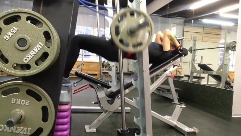 Арина Праведная. Тренировка ног и ягодичных мышц