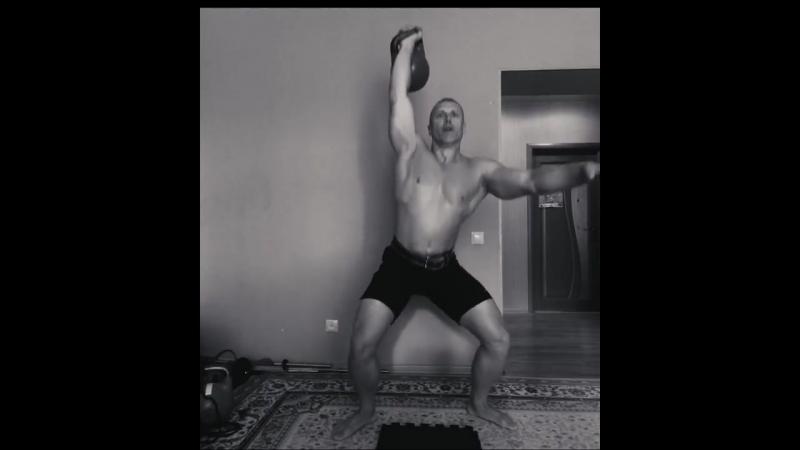Сложное комплексное упражнение с гирей Подъем ТИТАНА ( Rise of the TITAN)