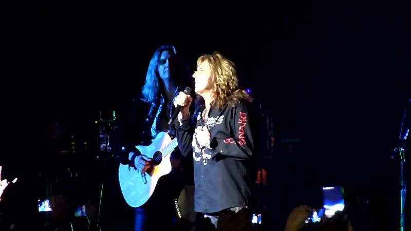 Whitesnake - Soldier of Fortune (Crocus City Hall Moscow Russia 08.11.2015)