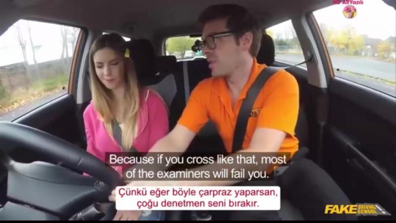 Ehliyet Alabilmek İçin Eğitmenin Altına Yatıyor Türkçe Altyazılı